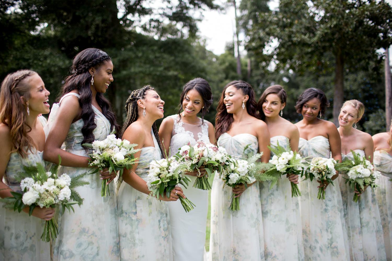Airlie Gardens Wedding 12.jpg