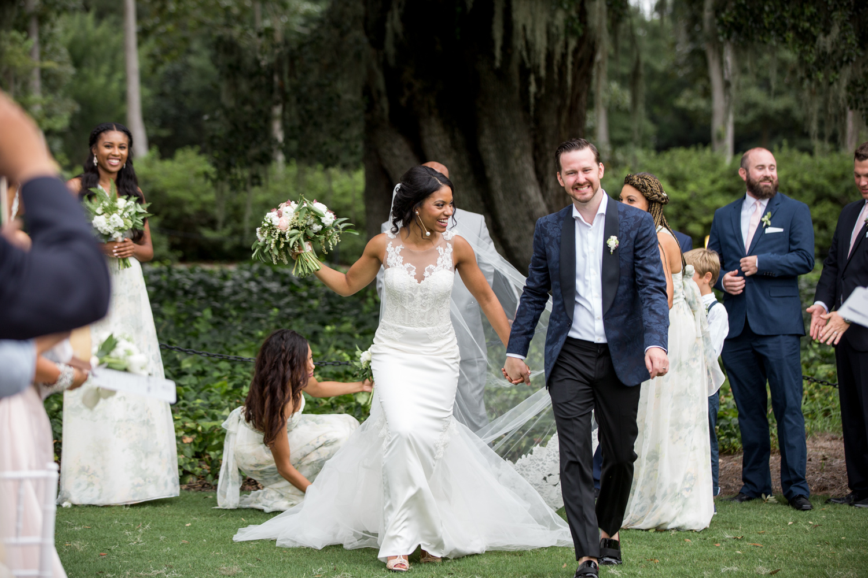 Airlie Gardens Wedding 26.jpg