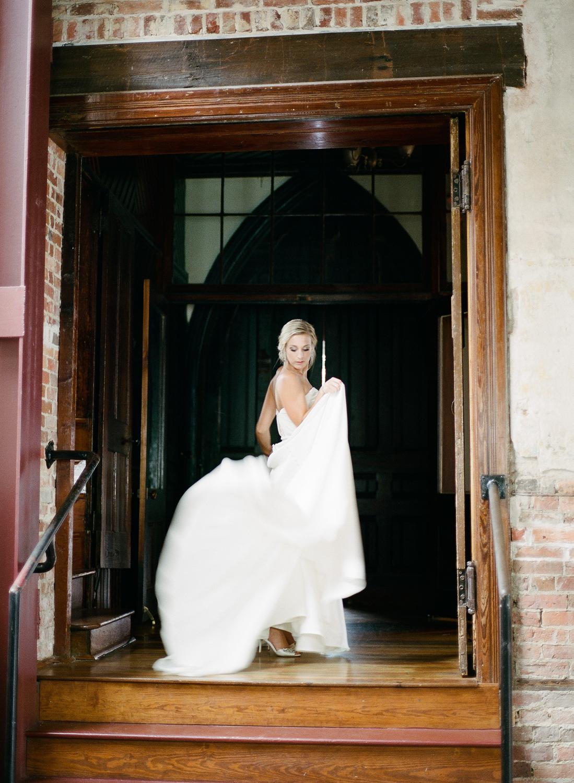 Film Photographer Wedding 05.jpg