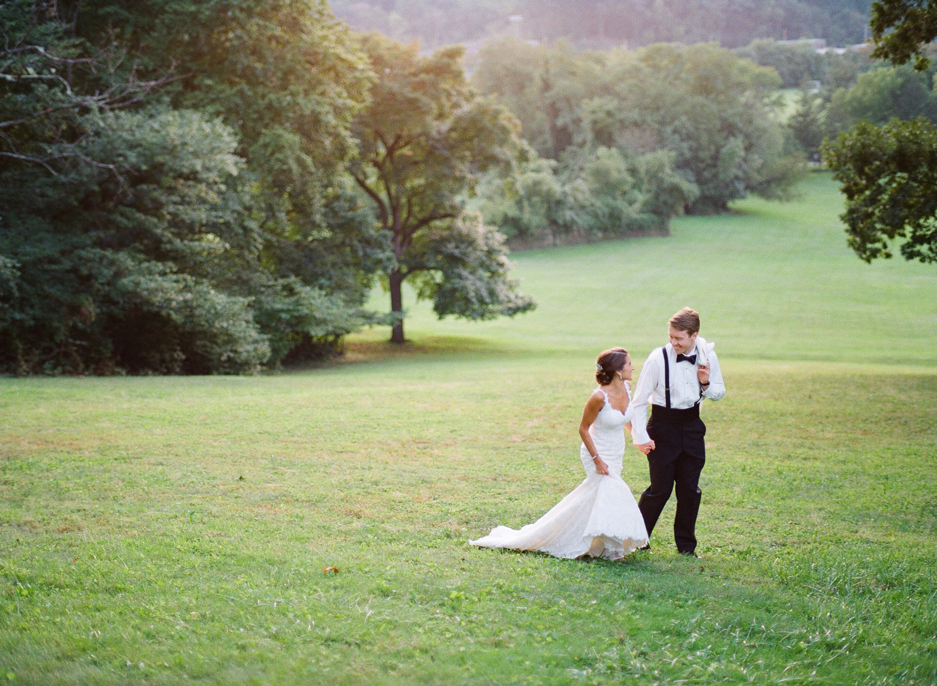 Baltimore Country Club Wedding Film Photographer 01_.jpg