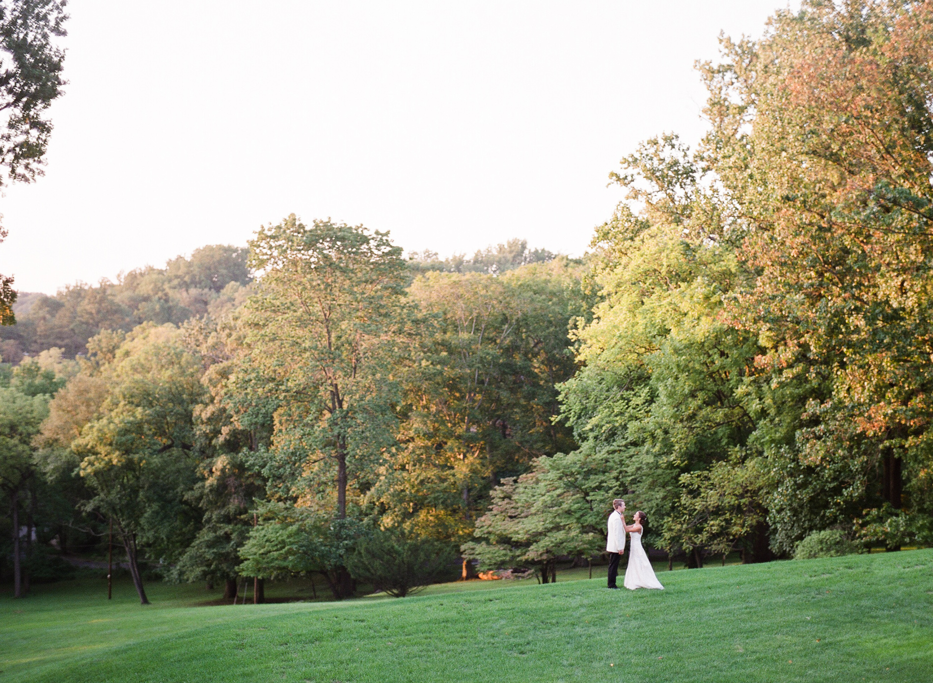 Baltimore Country Club Wedding Film Photographer 03_.jpg
