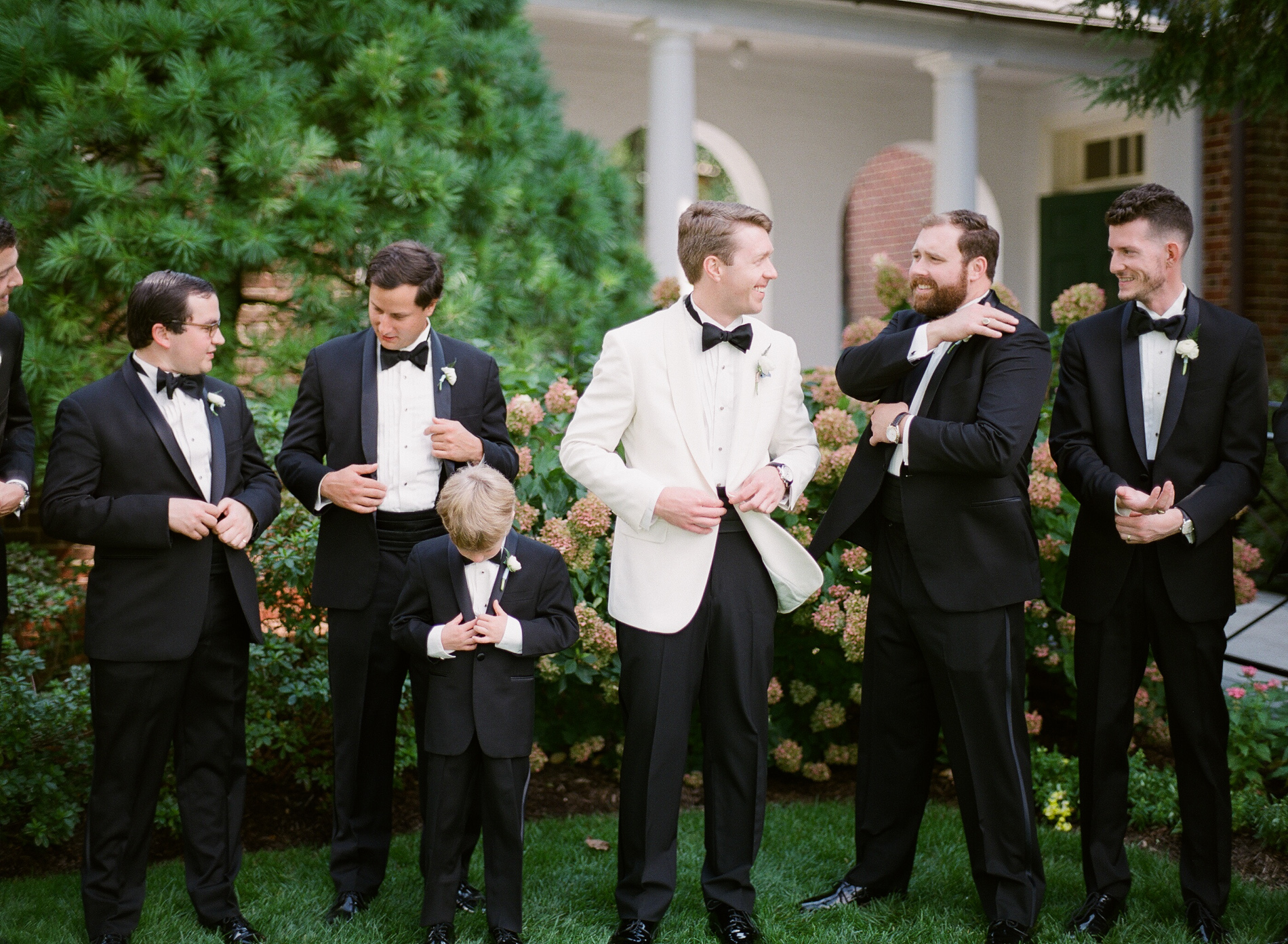 Baltimore Country Club Wedding Film Photographer 14_.jpg