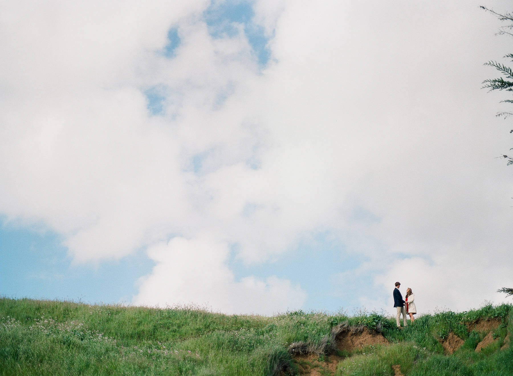 San Francisco-engagement-session-bernal-photographer-film-01.jpg