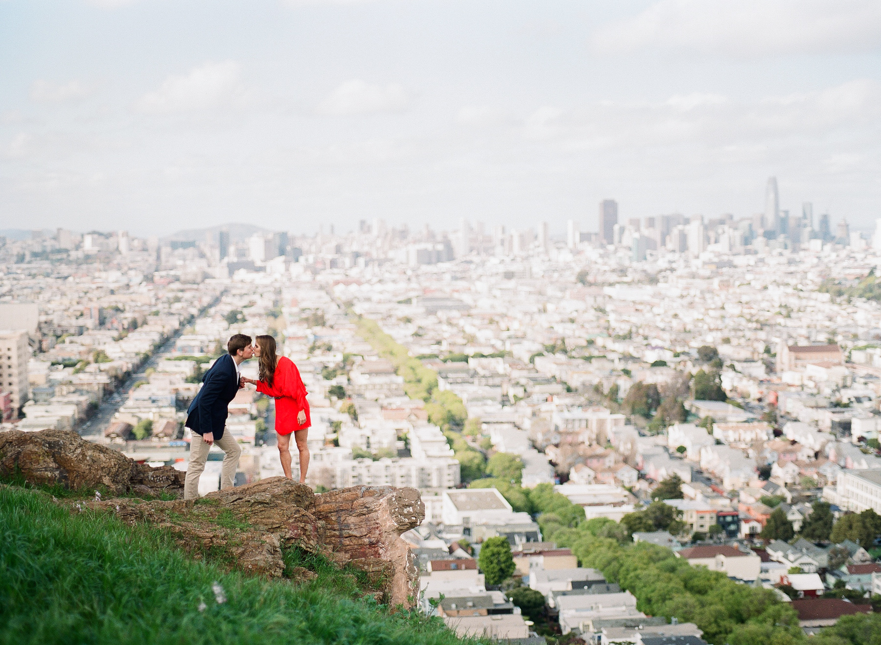 San Francisco-engagement-session-bernal-photographer-film-11.jpg