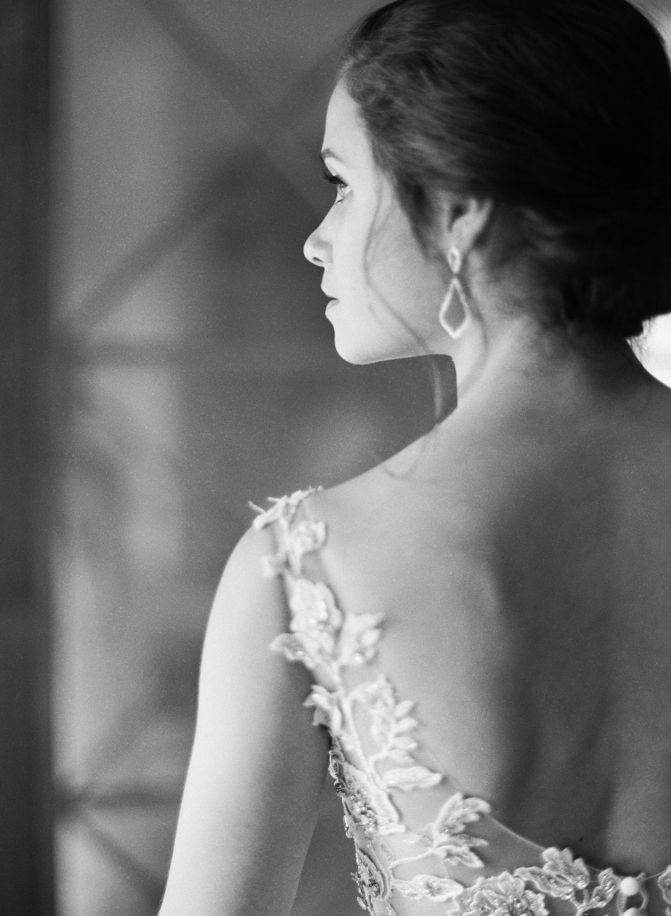 Pippin-Hill-Farm-and-Vinyards-Wedding-Film-Photography-02.jpg