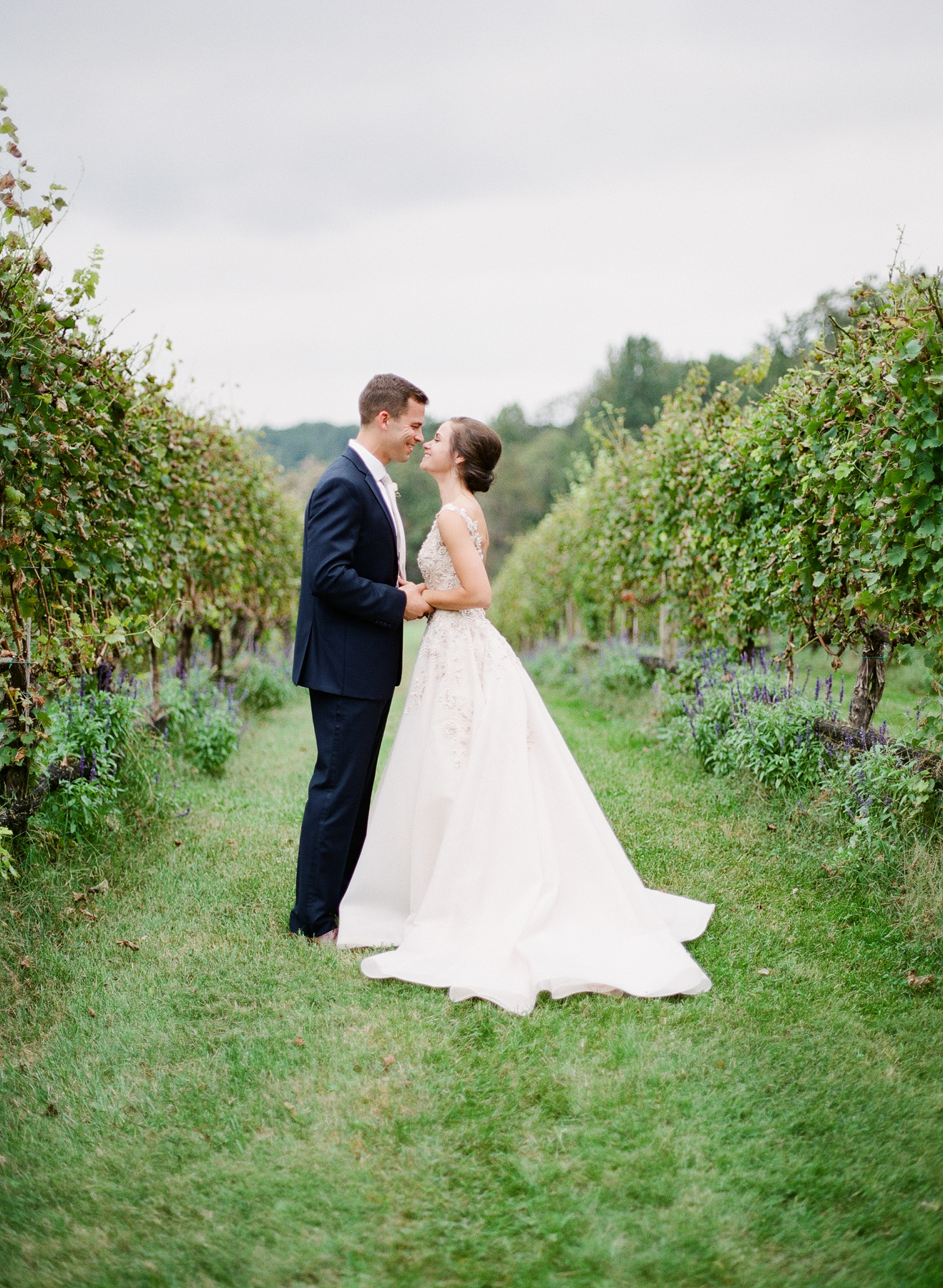 Pippin-Hill-Farm-and-Vinyards-Wedding-Film-Photography-24.jpg