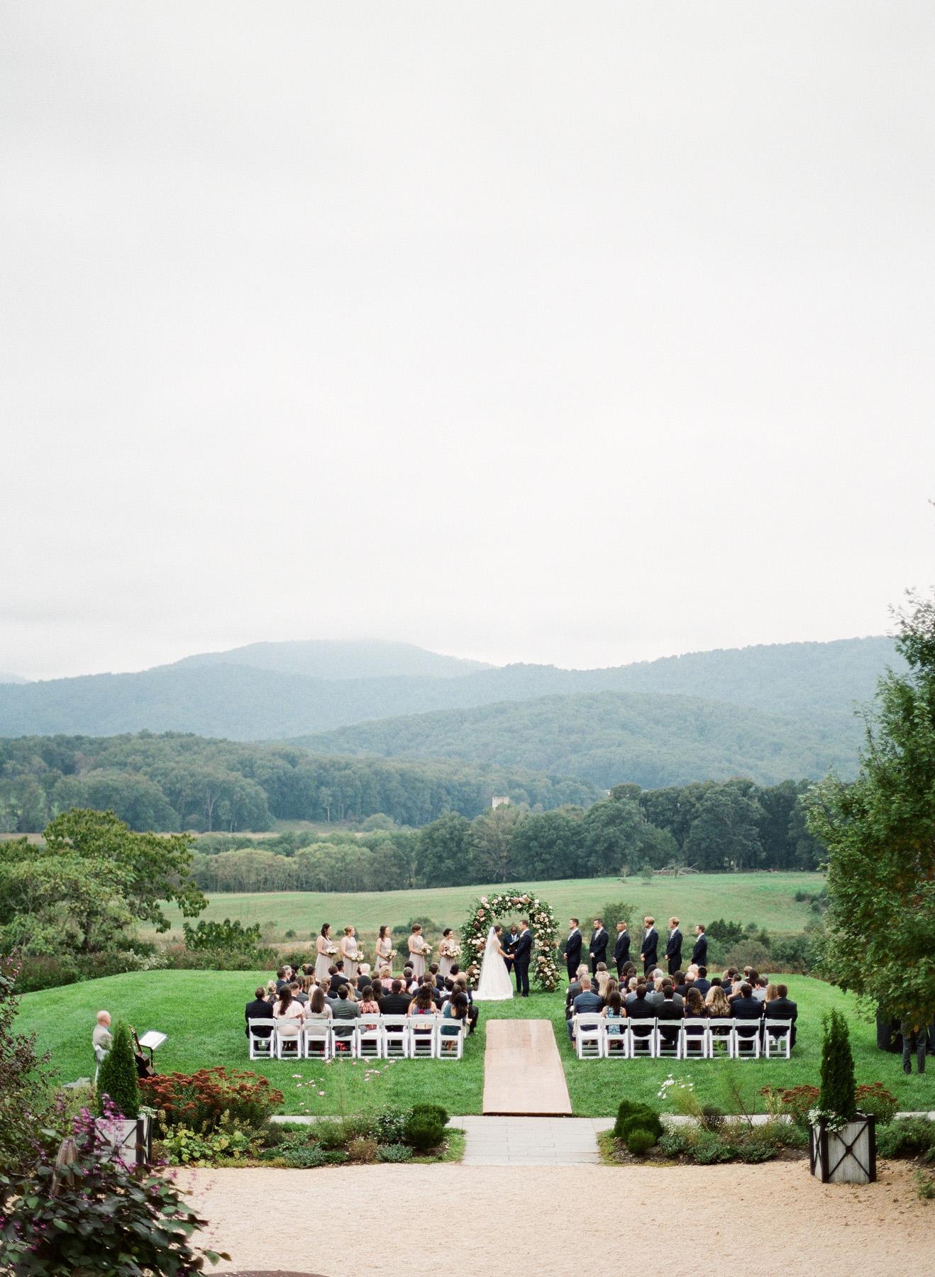 Pippin-Hill-Farm-and-Vinyards-Wedding-Film-Photography-28.jpg