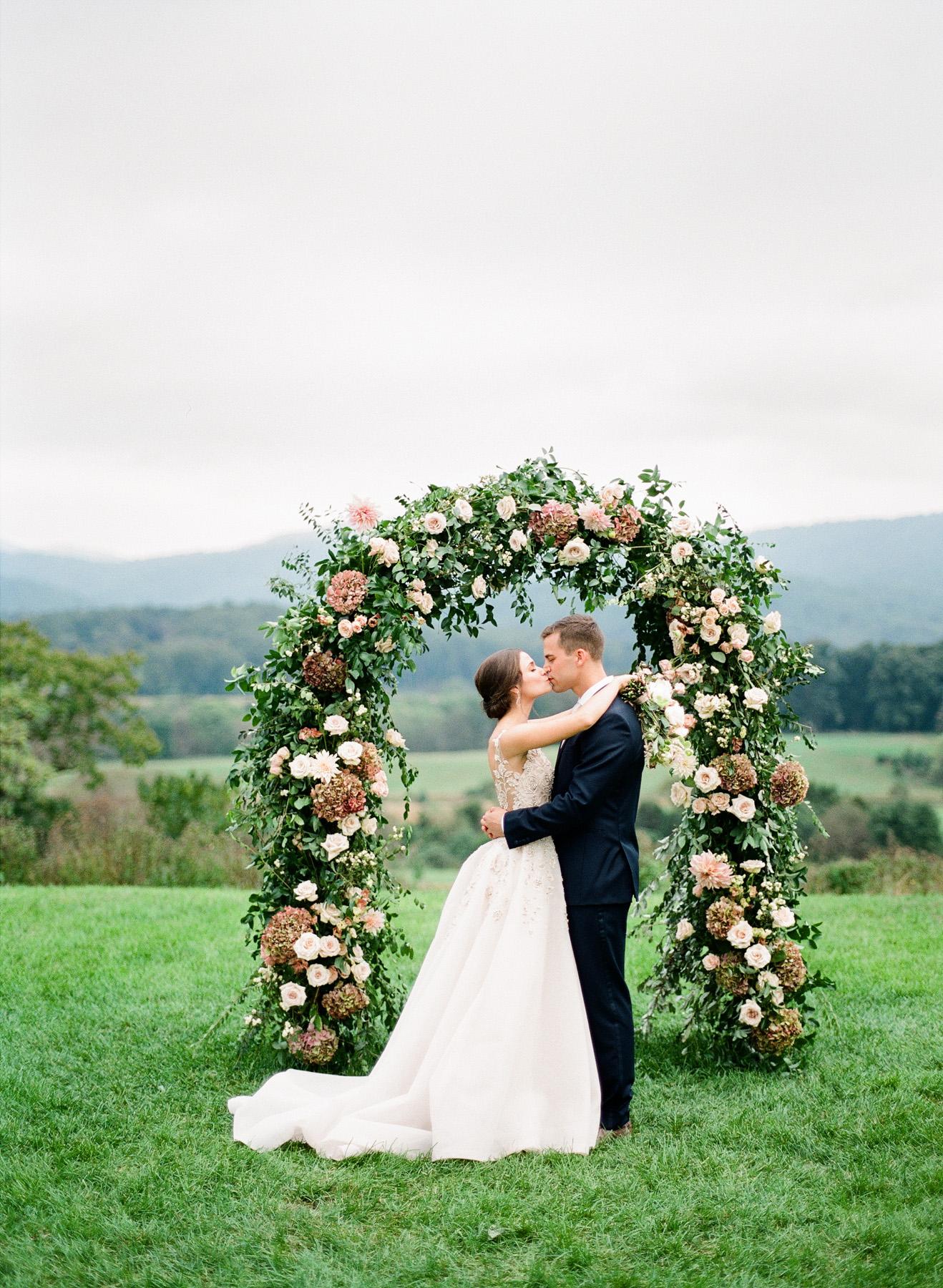 Pippin-Hill-Farm-and-Vinyards-Wedding-Film-Photography-34.jpg