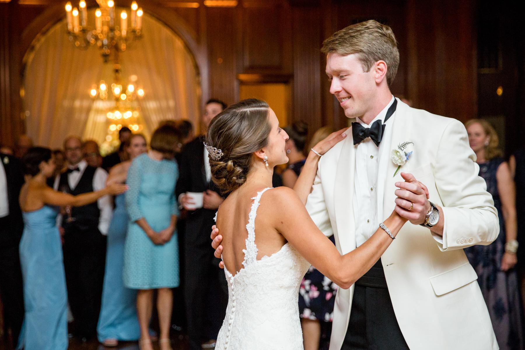Baltimore-Country-Club-Wedding-046.jpg