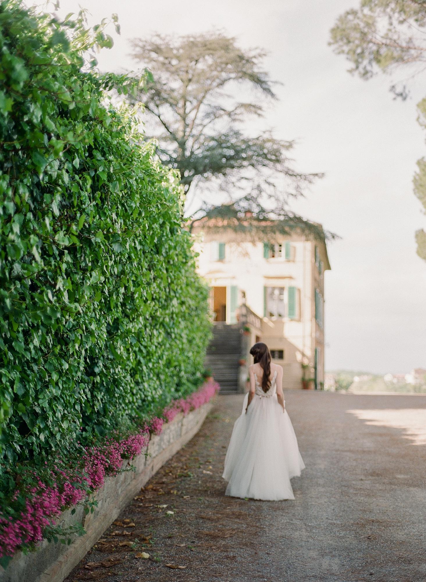 Tuscany-Wedding-Venues-12.jpg