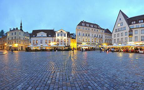 Tallinn Medieval Town Hall Square