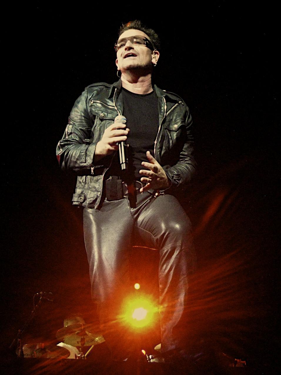 Bono/ U2TOURFANS / Nick Walker @