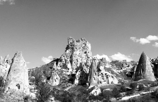 Cappadocia-Uchisar-Castle_900x585.jpg