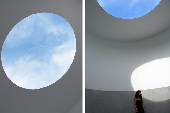 Turrell-skyspace-SMoCA-AZ_550x367.jpg