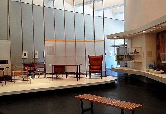 LACMA-nelson-bench-mid-century-exhibit_550x380.jpg