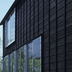 tsumari_cottage_exterior-wood-detail-250x250.jpg