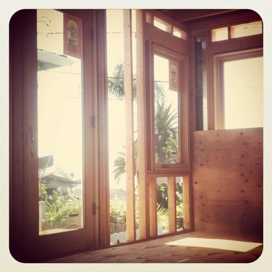 wood-framing-bedroom_550px.jpg