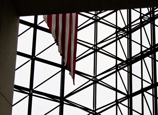 jfk-library-flag-550x400.jpg