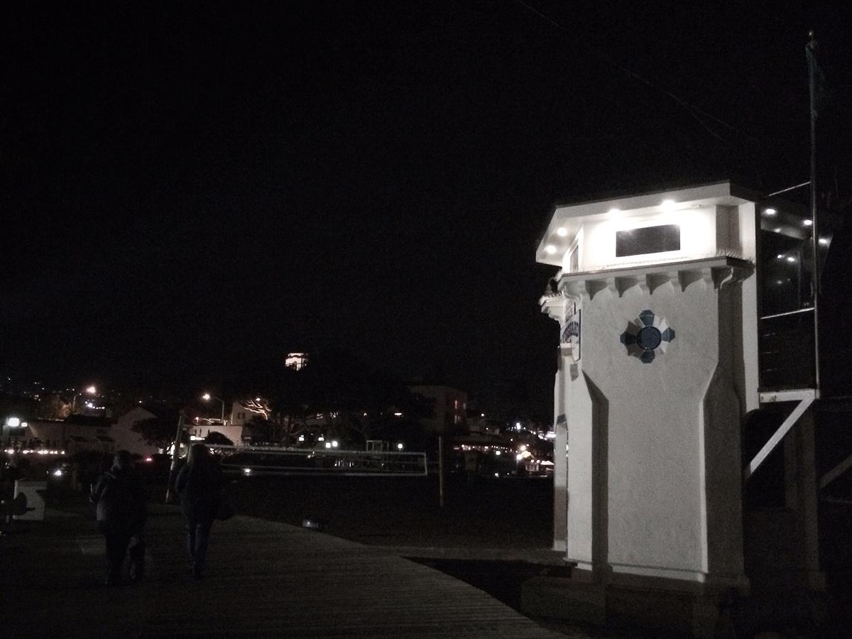 laguna beach | lifeguard tower at night