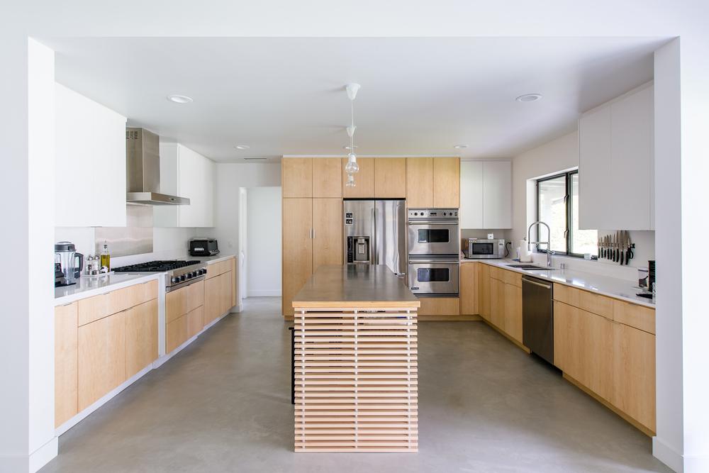 Villa Park Modern Residence Moss Yaw Design Studio