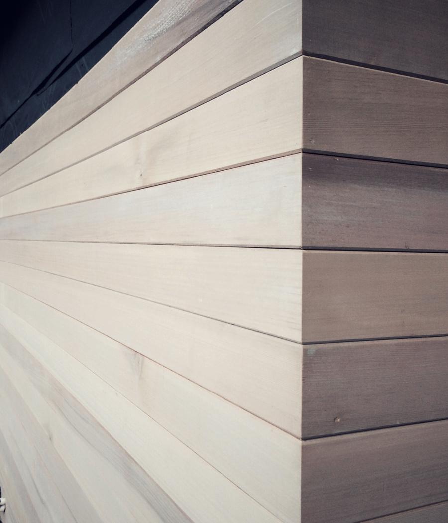 mitered corner edge detail