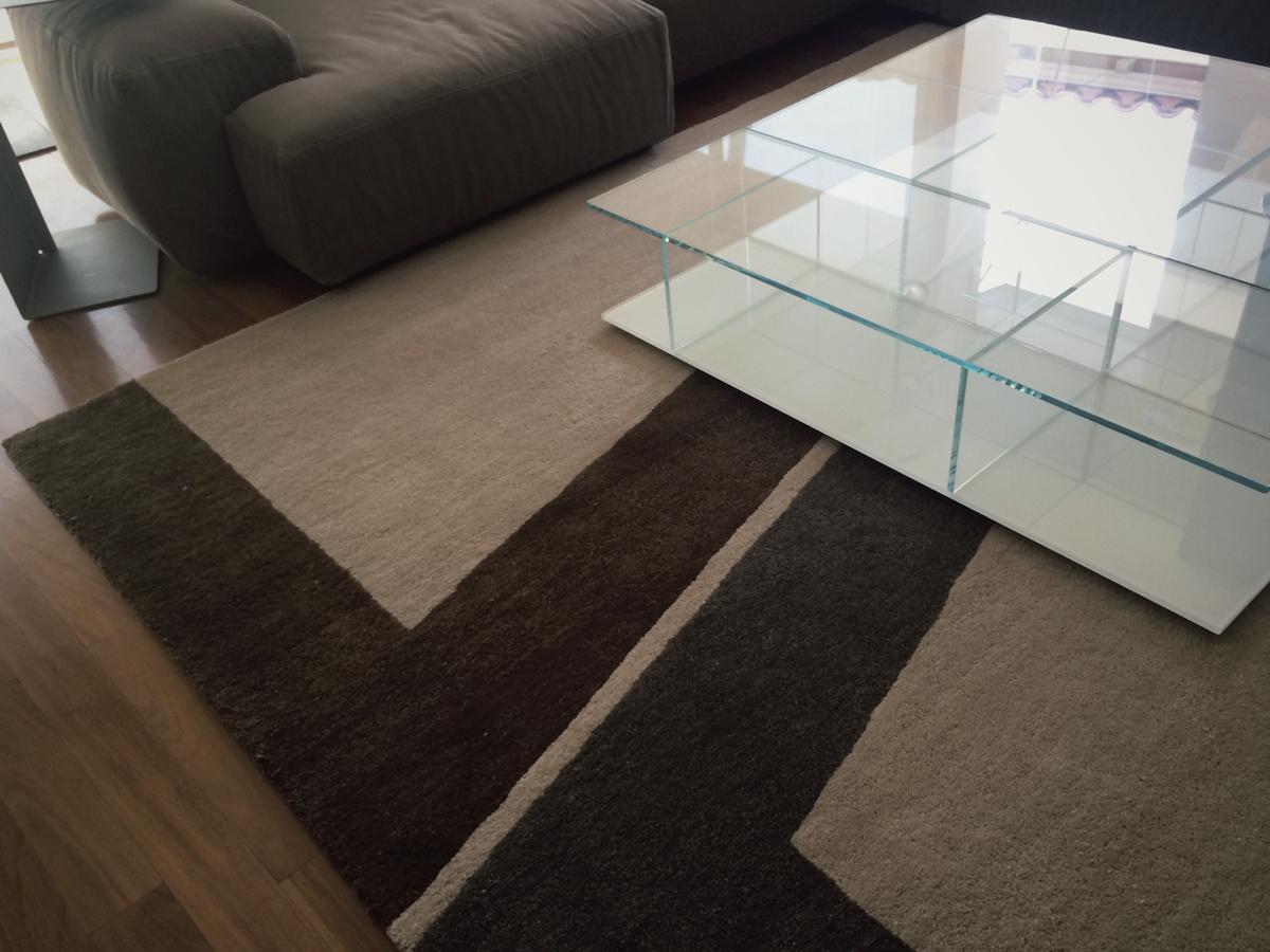 Byam rug  // Design Within Reach