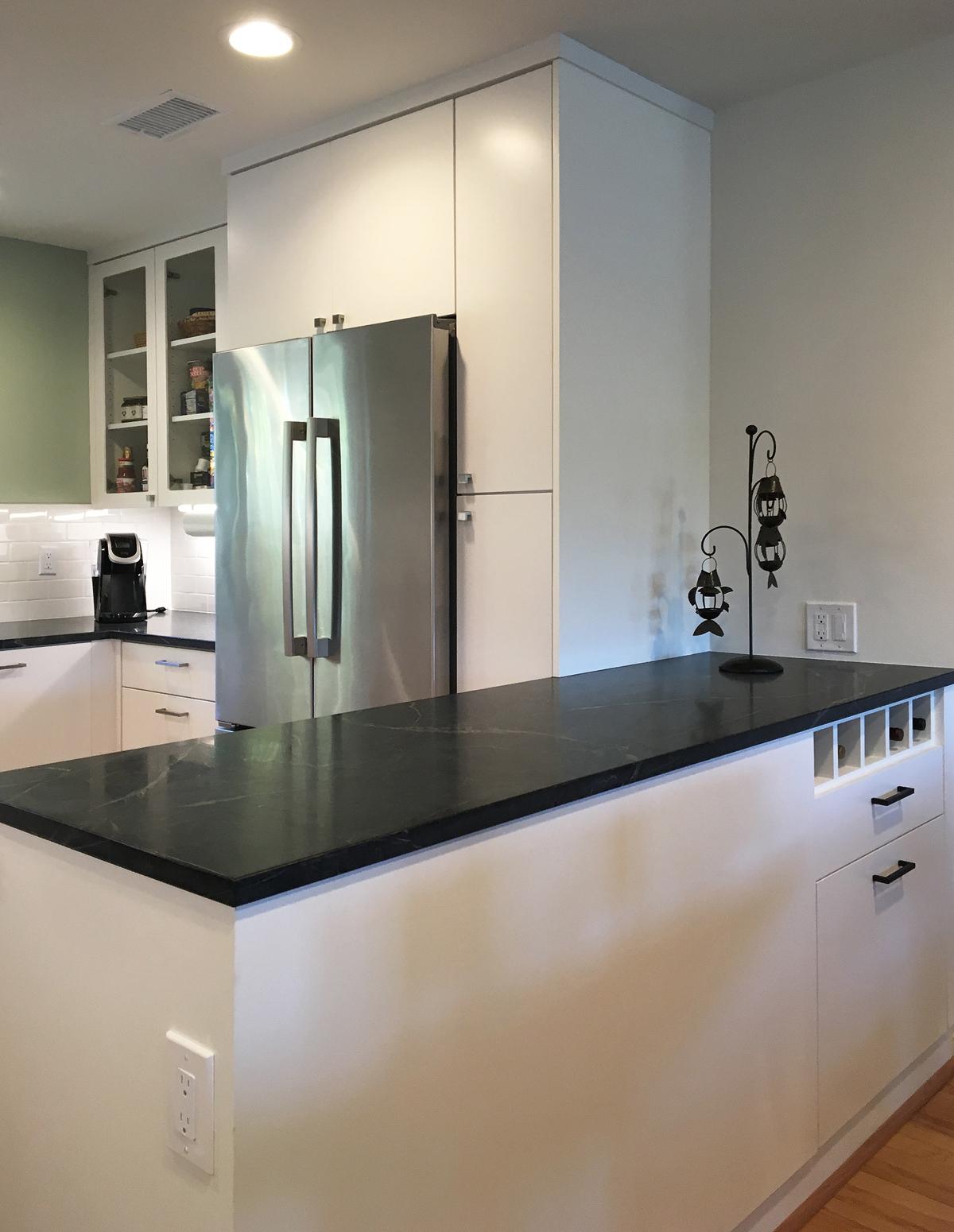 orange county contemporary kitchen renovation / moss yaw design