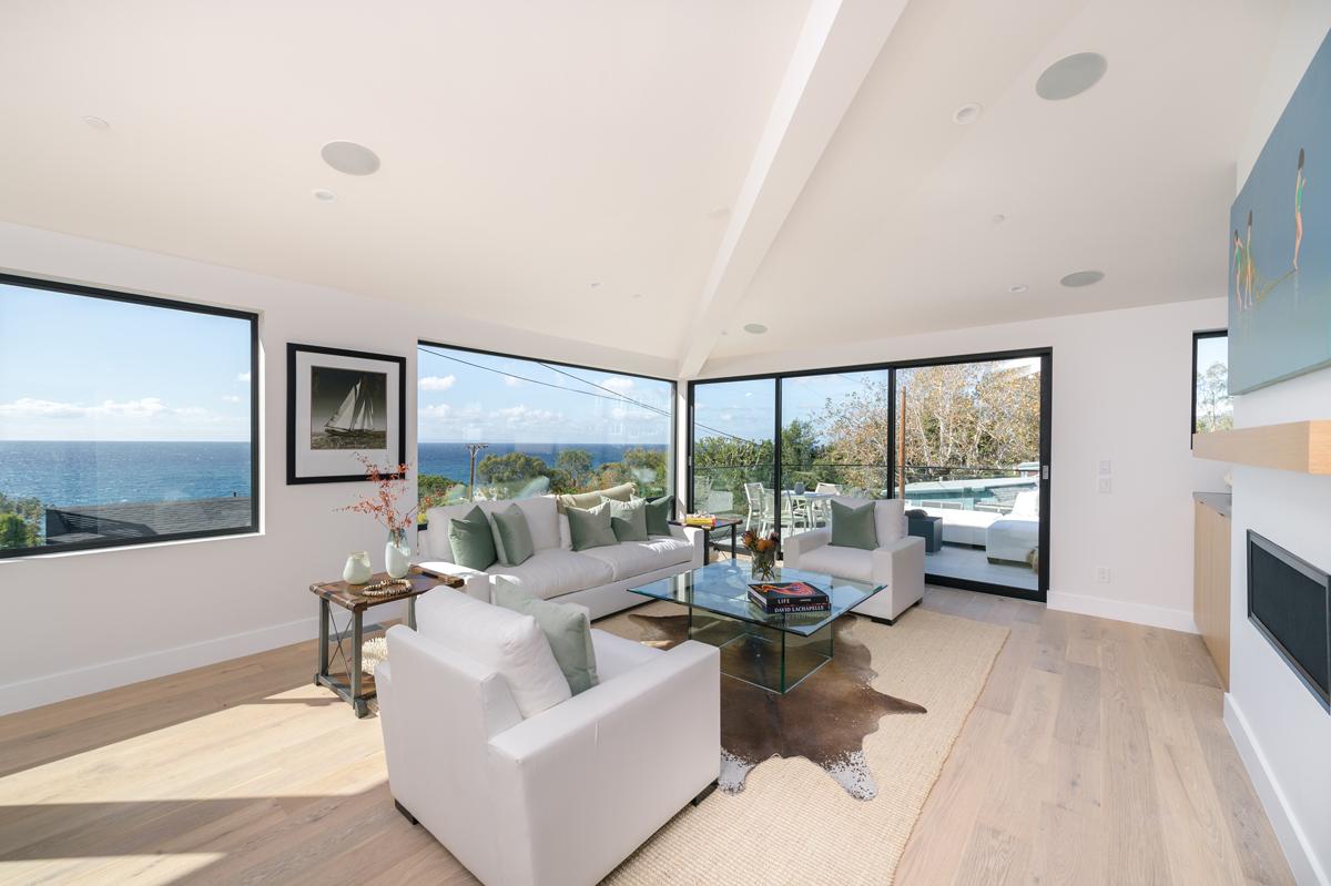 ocean views / great room, laguna beach new construction