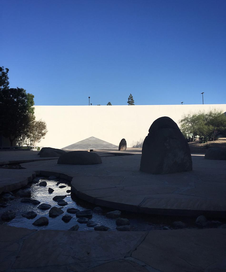Noguchi's California Scenario sculpture garden / Costa Mesa, Ora