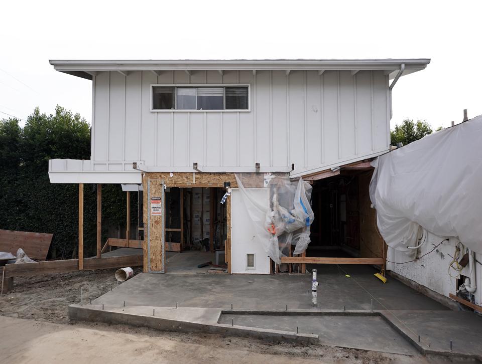 foundation at side yard / new asymmetrical entry
