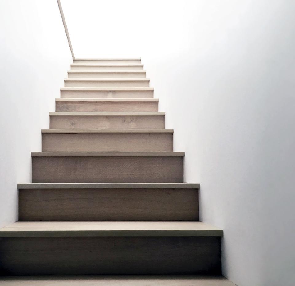 custom details / square edge nosing at white oak stair treads