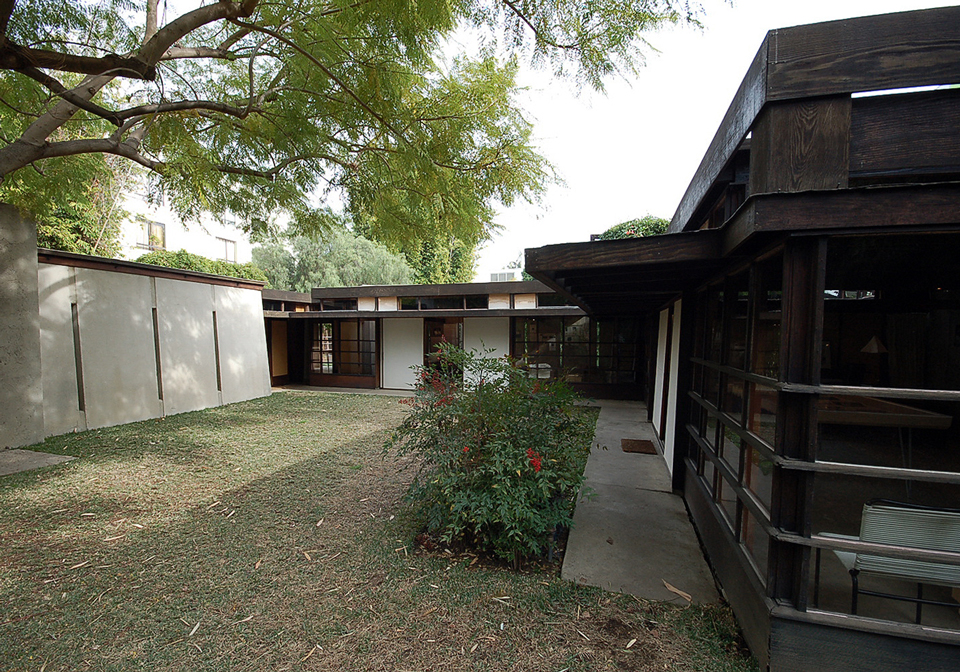 kings road house by rudolph schindler / los angeles, ca