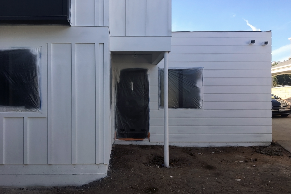 exterior finishes / primed and ready for paint