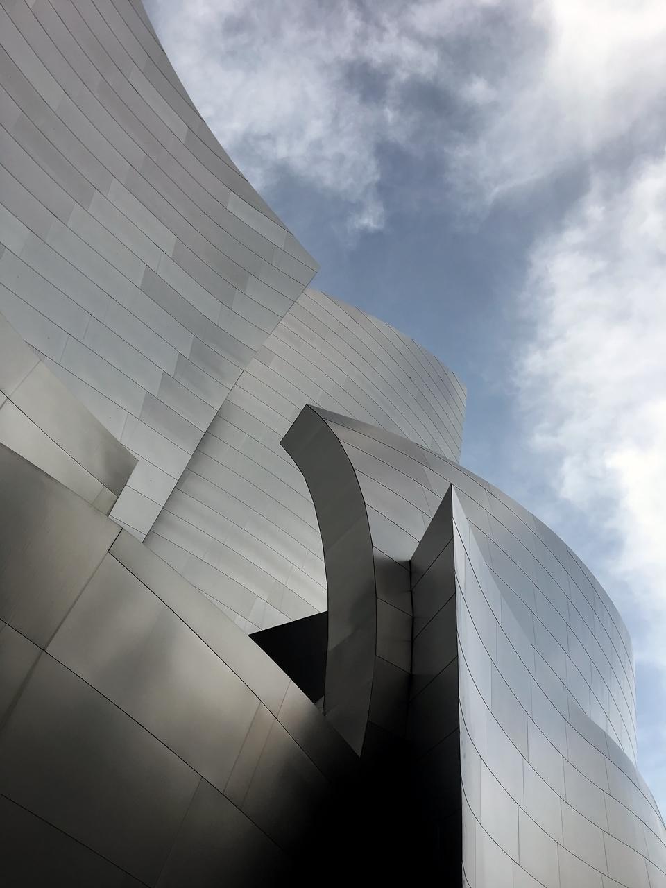 steel cladding detail / facade