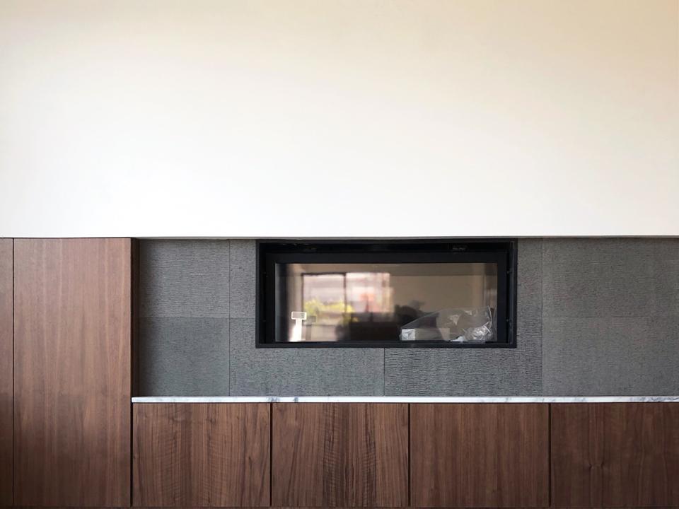 walnut, basalt + marble / fireplace detail, family room