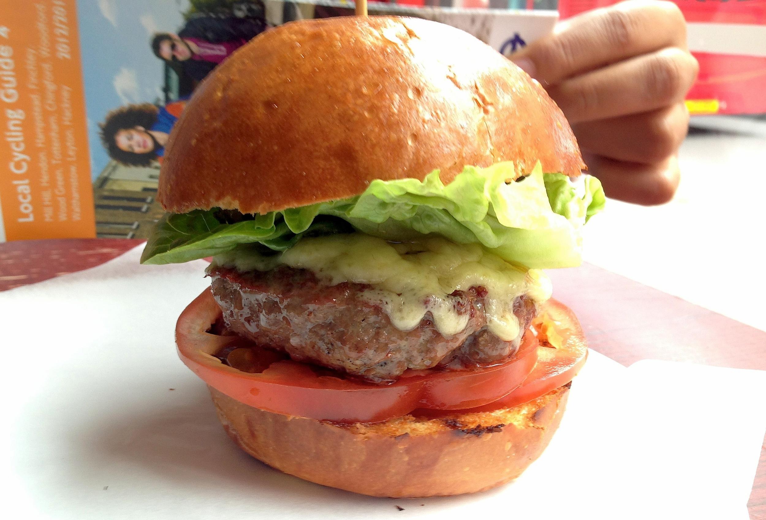 The cheeseburger at the Advisory, Hackney