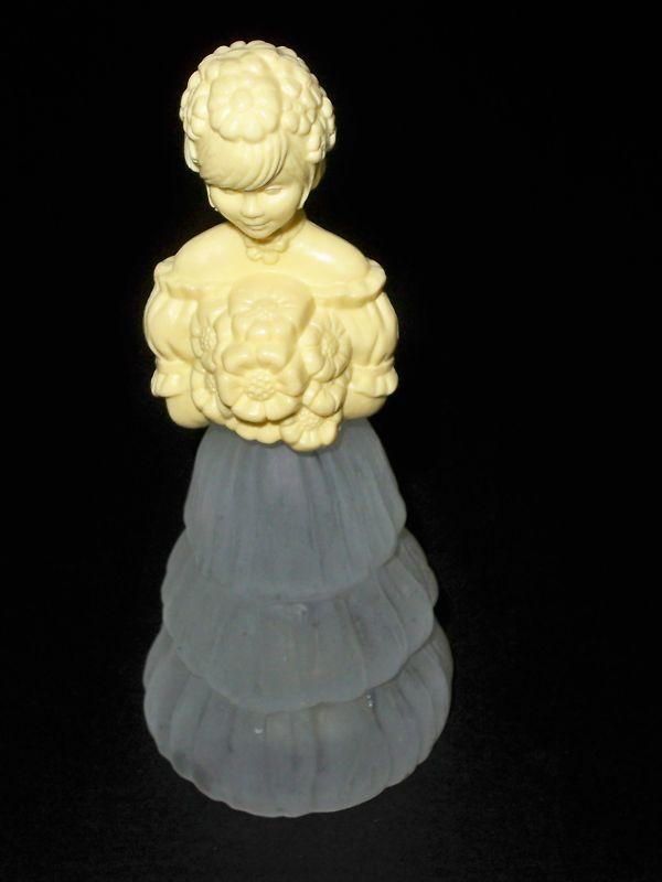 Vintage Avon garden girl Sweet Honesty perfume bottle, picture found on ebay..JPG