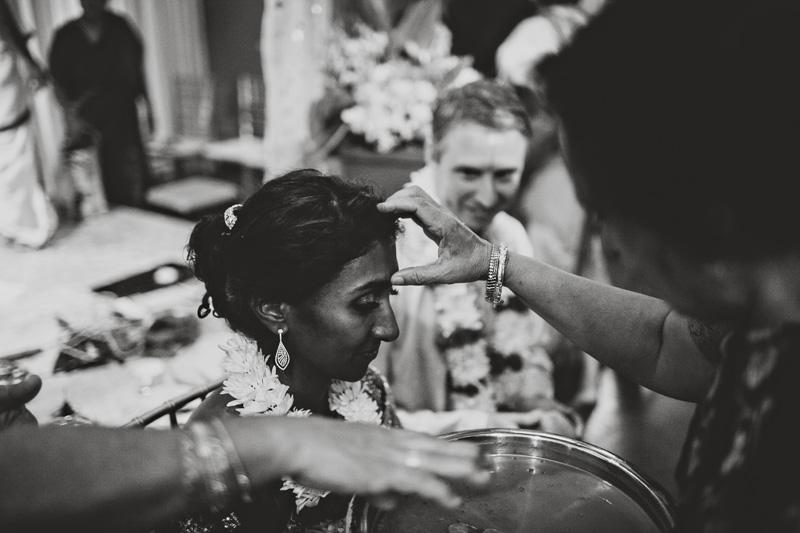 Modern-Hindu-Wedding-Photography-025a.jpg