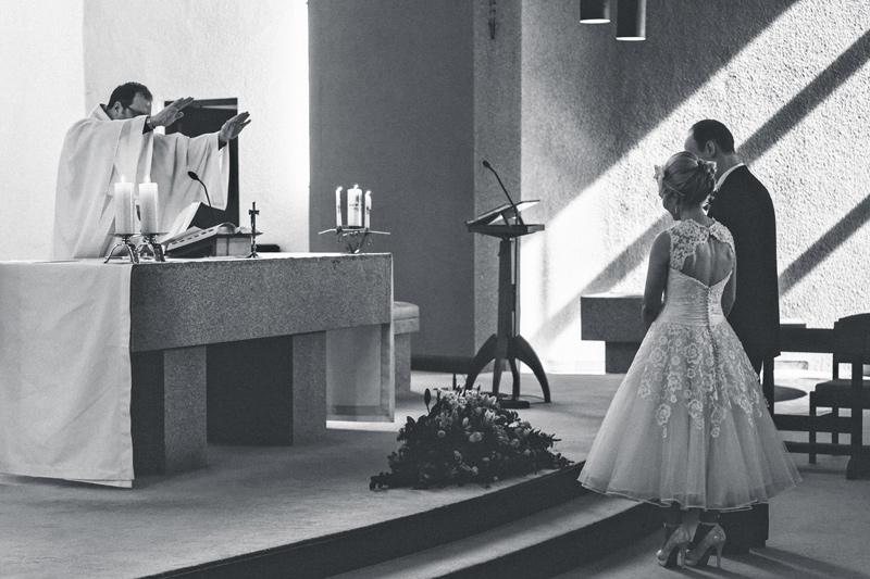 Ireland-Documentary-Wedding-Photographers-Corrick-House007.jpg