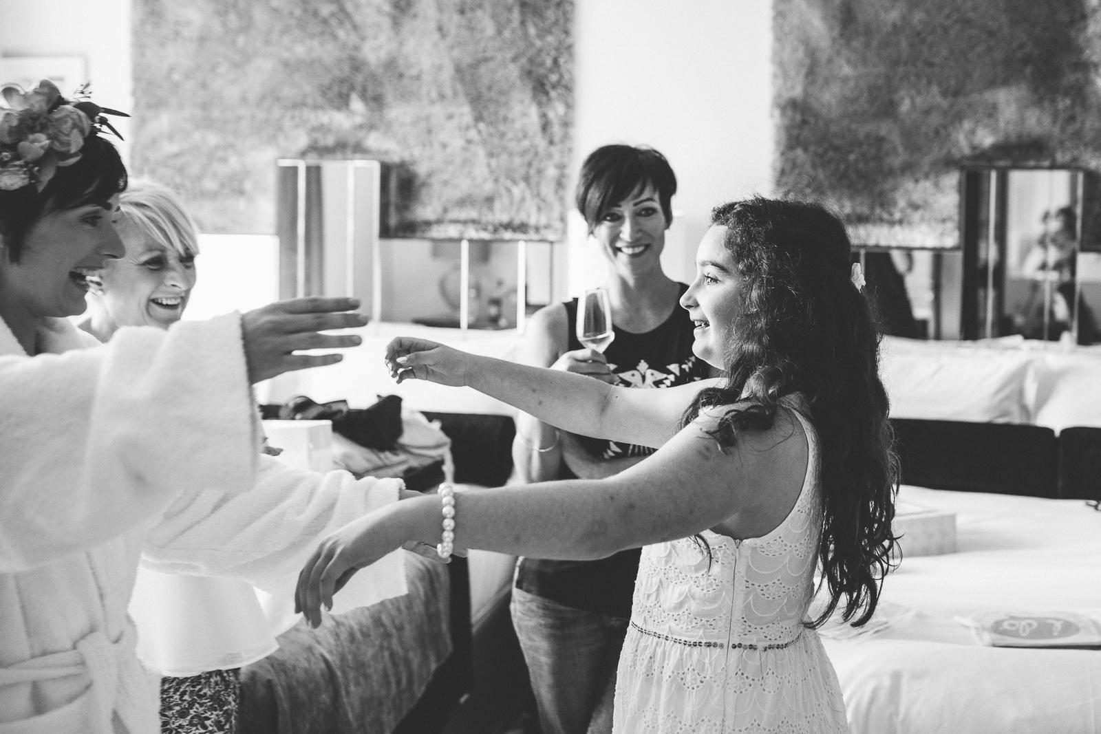 TheCampbells_Belfast_Weddings-16.jpg
