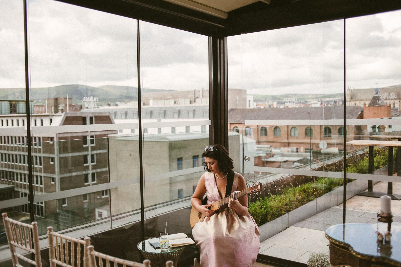 TheCampbells_Belfast_Weddings-17.jpg