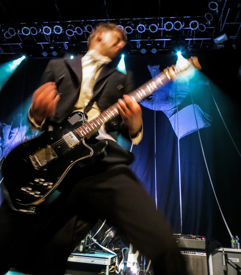 thehives_061912-4.jpg