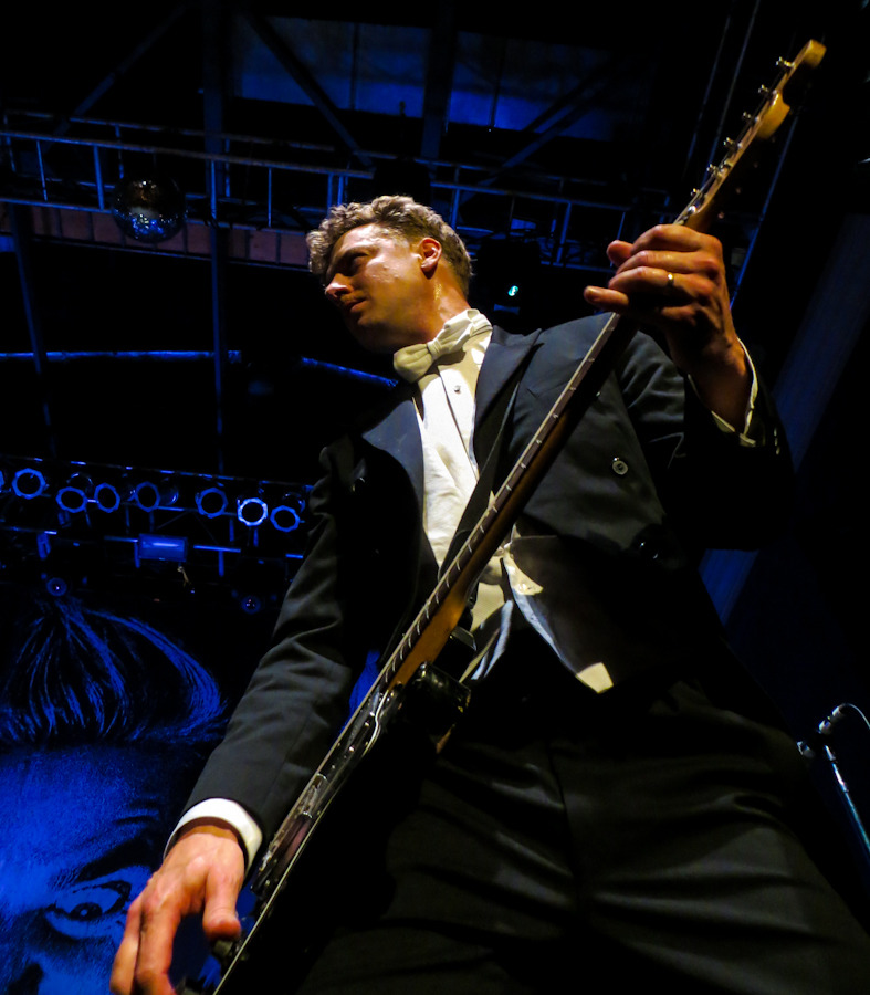 thehives_061912-7.jpg
