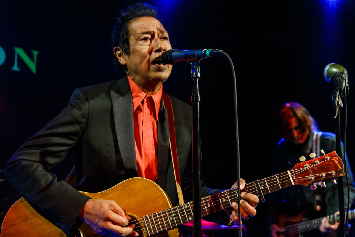 Alejandro Escovedo proving that rock n' roll isn't necessarily a young man's game at The Hamilton - 7/11/15 (photo by Matt Condon)