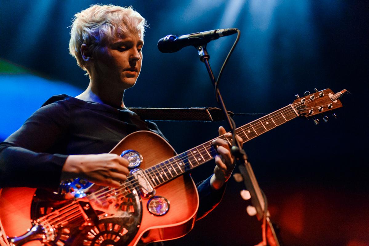 Laura Marling performing at the 9:30 Club in Washington, DC - 7/31/15 (photo by Matt Condon