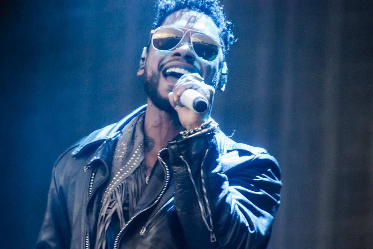 """Miguel is wayyyyyyyyyy sexier than you, but that's OK because everyone is """"normal in their own way""""(photo by Kevin Hill)"""
