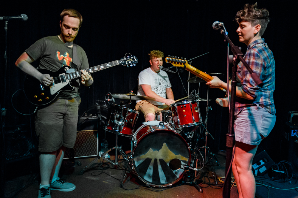 Hartford Pussies performing at the Black Cat in Washington, DC - 7/26/2016 (photo by Matt Condon / @arcane93)