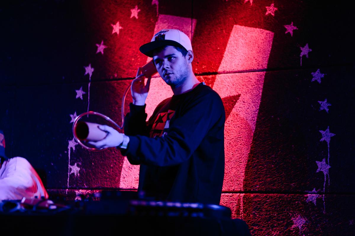 Kero Kero Bonito performing @ U Street Music Hall in Washington, DC - 11/5/16 (photo by Mauricio Castro/@TheMauricio)