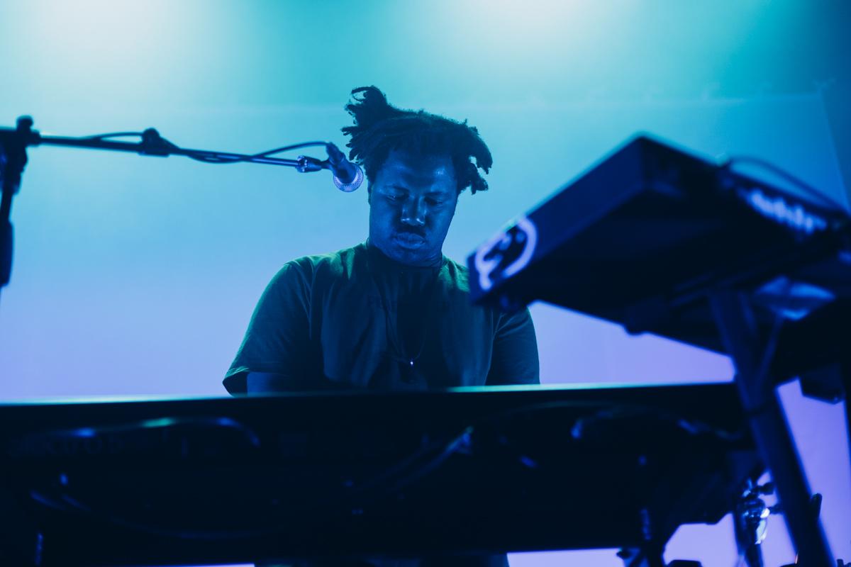 Sampha performing at the 9:30 Club in Washington, DC - 2/8/17 (Photo by Mauricio Castro/@TheMauricio)