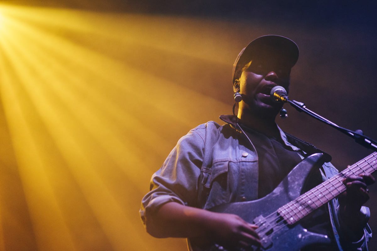 Mal Devisa opening for Sampha at the 9:30 Club in Washington, DC - 2/8/17 (Photo by Mauricio Castro/@TheMauricio)